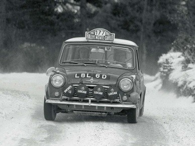 Экипаж Алтонен-Лиддон на ралли Монте-Карло 1967 г.