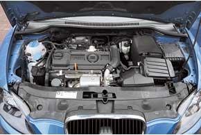 Мотор раскрывает свой потенциал уже с 1400 об/мин, выдавая максимальный крутящий момент в 200 Нм.