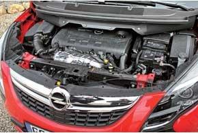 Тестовая Zafira Tourer оснащена самым мощным в гамме силовых агрегатов 165-сильным 2,0-литровым турбодизелем.