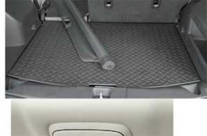 Багажник легко увеличить, а загрузиться в ночное время поможет съемный аккумуляторный фонарь.
