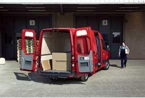 У Crafter 48 вариантов кузовов. В сумме с уровнями оснащения это дает до 400 версий.