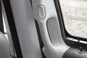 Удобная, новая по дизайну ручка сдвижной двери  одно из важных изменений в интерьере.