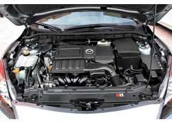 У двигателя объемом 1,6 л расход топлива в смешанном цикле сократился на 0,6 л по сравнению с двигателем предыдущего поколения и составляет 6,3 л на 100 км.