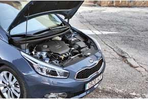 Самый мощный (135 л. с.) 1,6-литровый бензиновый мотор семейства Gamma с непосредственным впрыском GDI . В Украину привезут его 130-сильную версию с распределенным впрыском MPI.