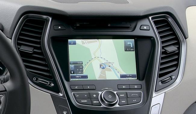 В Украину будут поставляться Santa Fe с большим экраном и  GPS-навигацией