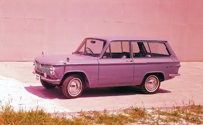 Mazda Familia 800 Van