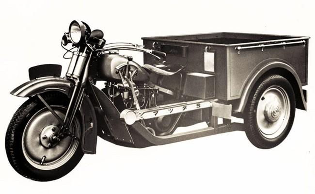 Первое транспортное средство, изготовленное Mazda