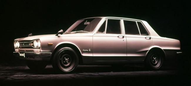 Первый GT-R был именно в кузове седан