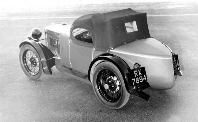 MG M-Type Midget, построенный на шасси Morris Minor, принес компании из Оксфорда успех и стал предвестником будущих достижений