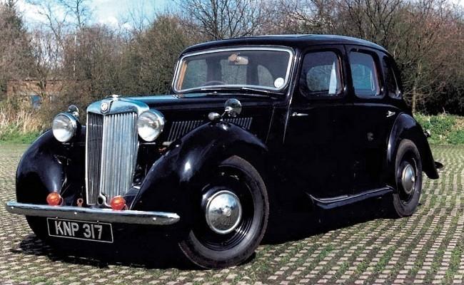 MG Y-Type отличался независимой подвеской передних колес и реечным рулевым механизмом. Автомобиль отличался богатой отделкой, однако спортивным назвать его было сложно. Маломощный мотор разгонял тяжелый седан до 100 км/час за 29,3 секунды