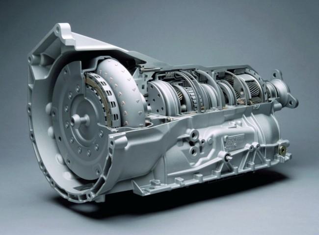 Классический автомат с гидротрансформатором - наиболее распространенная на сегодняшний день АКПП