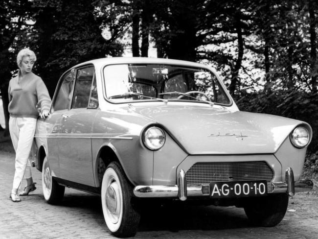 DAF 600 - первый серийный автомобиль, оснащенный вариатором
