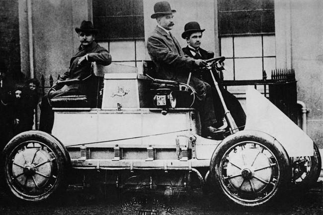 Фердинанд Порше и его идея фикс - автомобиль с электроприводом