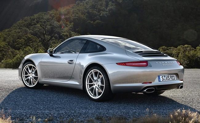 Серия 991 - последняя на сегодняшний день для модели 911. Одна из лучших ее модификаций - Porsche 911 Carrera Coupe