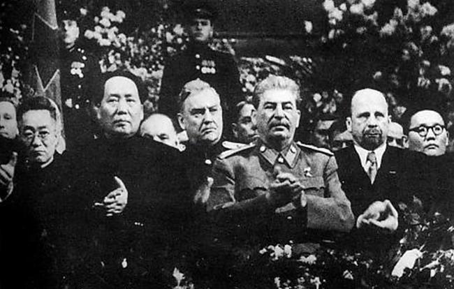 Встреча Мао Цзэдуна и Иосифа Сталина в начале 1950 года положила начало всему китайскому автопрому