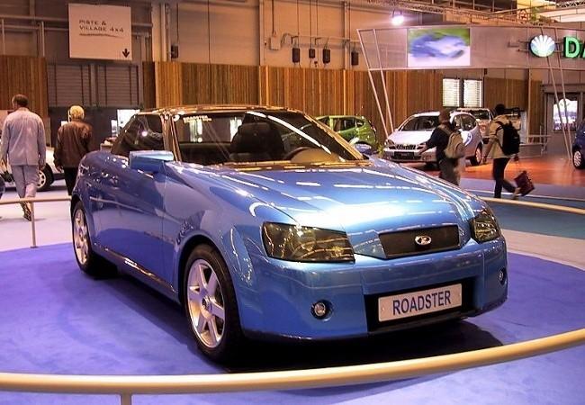 Lada Roadster на московском автошоу MIMS в 2000 году