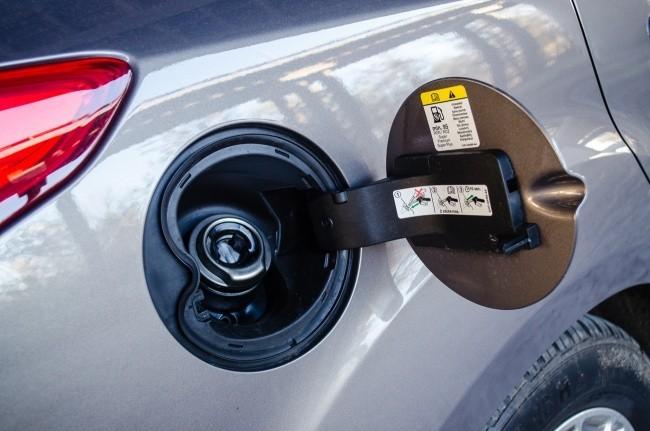 Ford Focus оборудован беспробочной горловиной Ford Easy Fuel