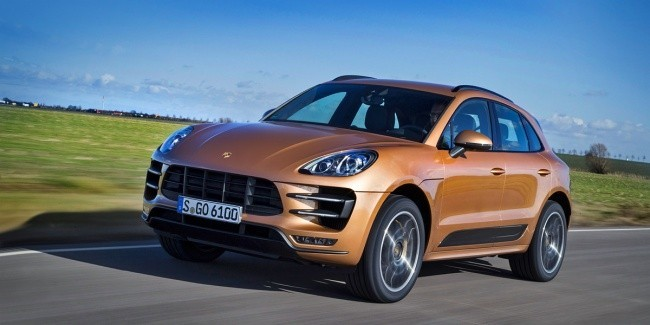 сравнить porsche macan turbo и s