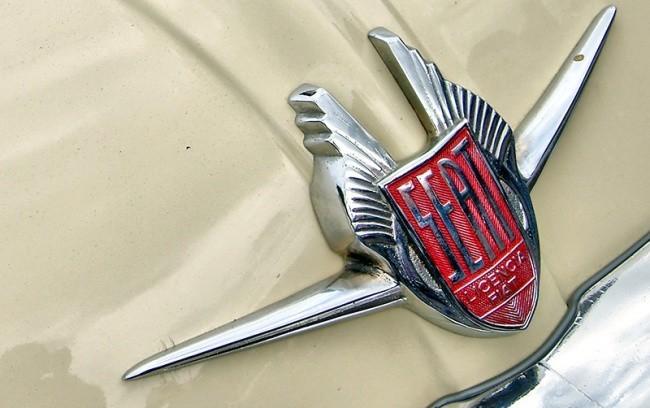 Родство с FIAT было прописано даже на логотипе