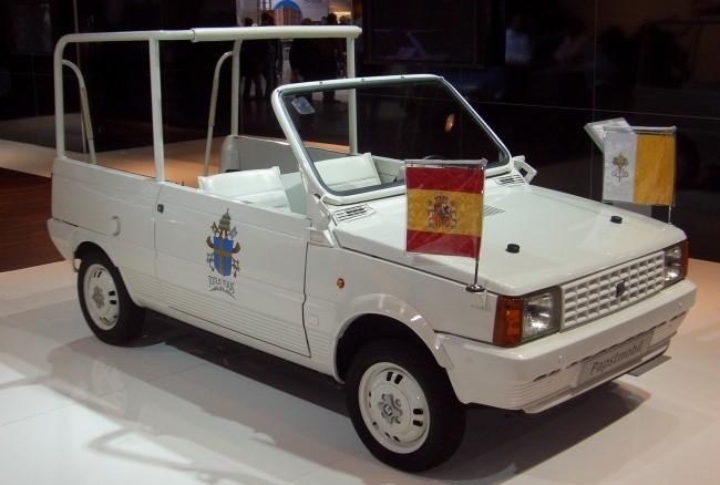"""""""Папамобиль"""" на базе модели Marbella использовался в 1982 году"""