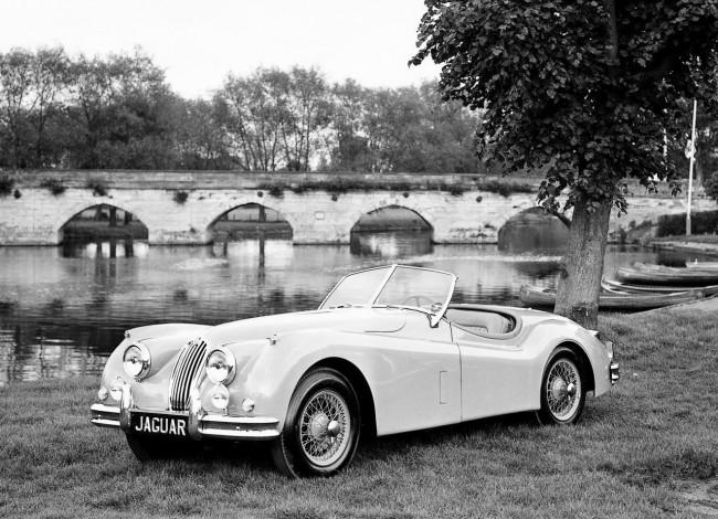 Jaguar XK 140 MC. Такой автомобиль в 1957 году Монро подарила Артуру Миллеру на годовщину свадьбы.