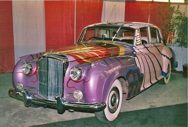 Bentley SI 1956 года выпуска, подаренный музыканту американским продюсером.