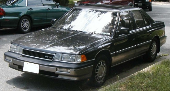 В течении первых 9 месяцев, до конца 1986 года, было продано больше 52 000 автомобилей.