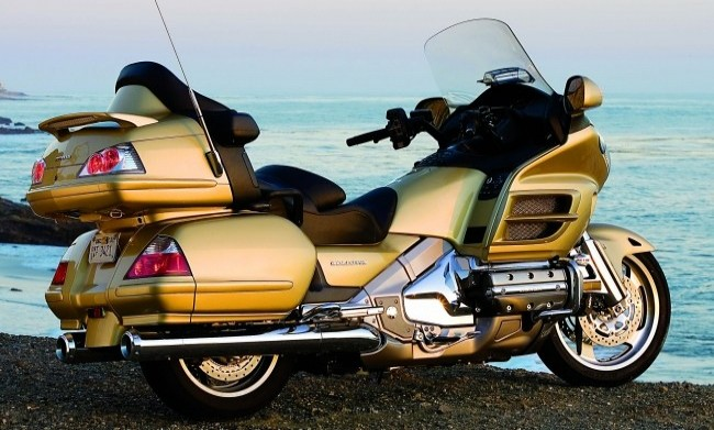 Honda Gold Wing 2005 года