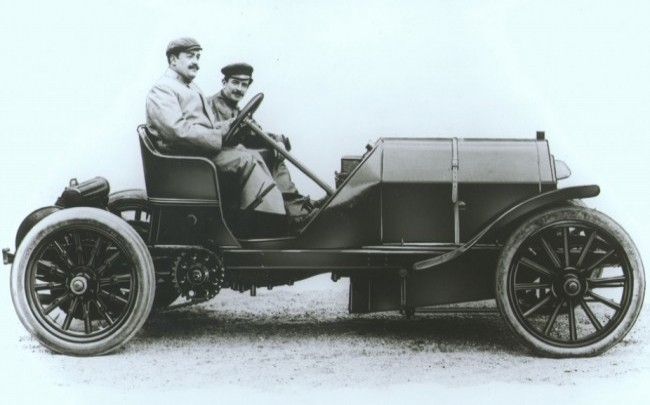 Винченцо Лянча (на первом плане) и FIAT 110HP Gordon Bennett Corsa 1905 год