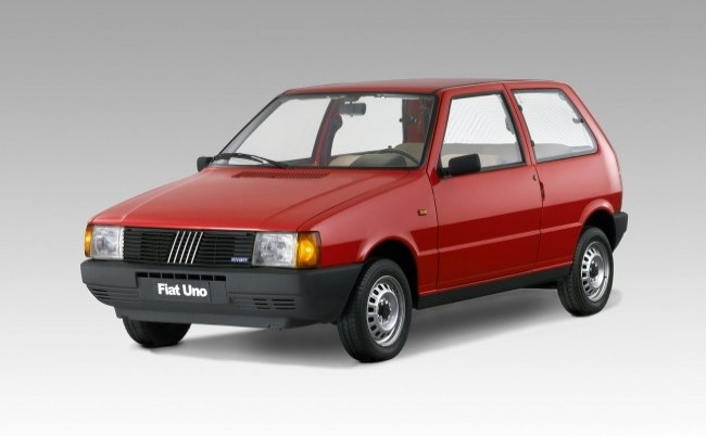 FIAT Uno 1983 год
