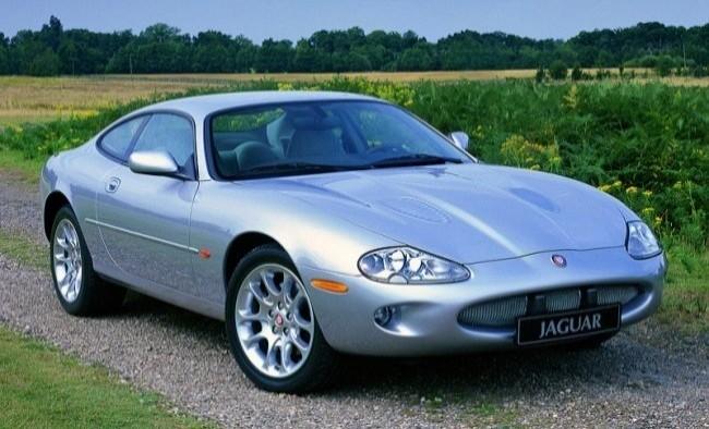 Jaguar XK8 1998 год