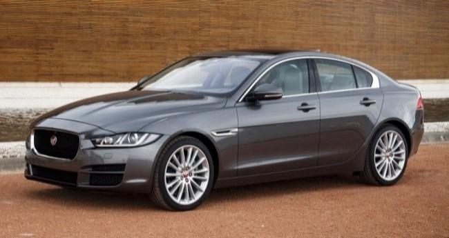 Jaguar XE 2015 год