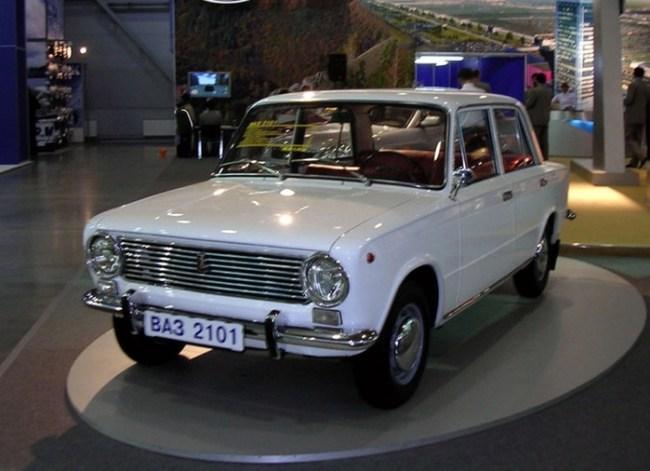 Автомобиль на котором ездил в 1971 году Высоцкий - Ваз-2101 «Жигули»