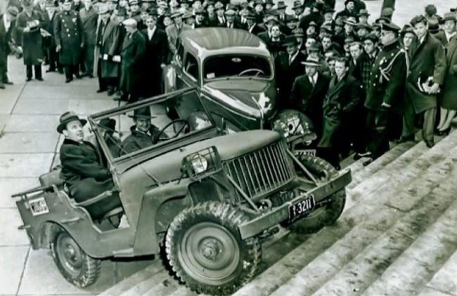 Willys MA на ступеньках Капитолия. Вашингтон, 19 февраля 1941 года