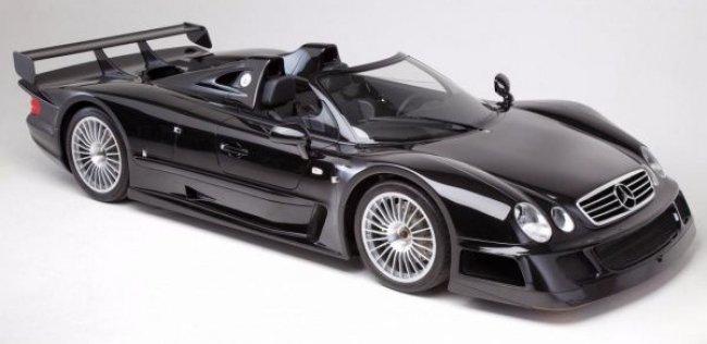 Один из шести родстеров Mercedes-Benz CLK GTR уйдет с молотка