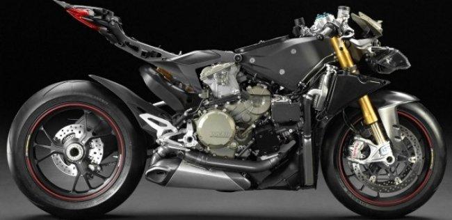 Ducati может заменить двигатель своих супербайков новым мотором