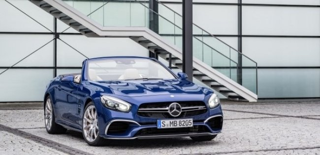 Mercedes показал обновленный родстер SL