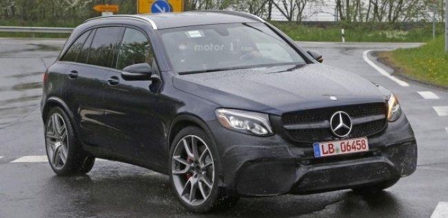 Mercedes-AMG представит осенью мощный кроссовер GLC 63