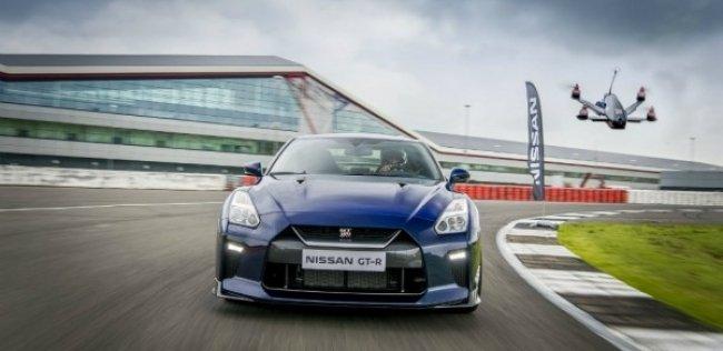 Nissan создал «квадрокоптер-суперкар»