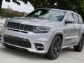 Шпионы сфотографировали 700-сильный Jeep Grand Cherokee - фото 3