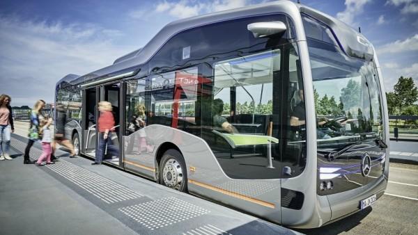 Mercedes-Benz представила беспилотный автобус