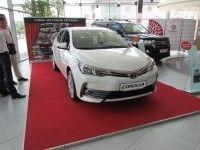 ������ ���� ���������� ���������� � 17 ������� �� 18 �������� �� ����-����� ��� ����� Toyota Corolla