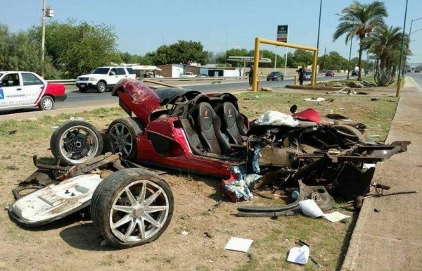 """В общий мусор: в Мескике """"сломали"""" суперкар Koenigsegg CCX"""