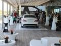 Обновленный Mercedes-Benz CLA назвали рок-звездой - фото 7