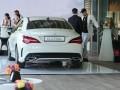 Обновленный Mercedes-Benz CLA назвали рок-звездой - фото 9