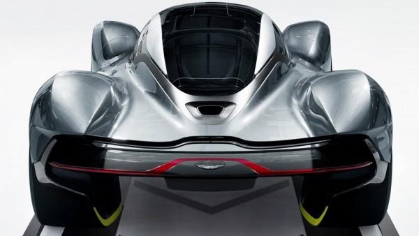 Суперкар Астон Мартин и Red Bull накопит 320 км/ч за 10 сек