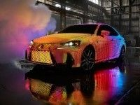 Кузов Lexus IS покрыли 42 тысячами светодиодов