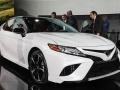 Toyota представила Camry нового поколения - фото 2