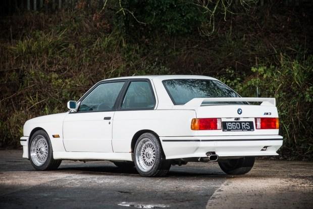 БМВ М3 из 1980-х расценили как свежую четверку BMW