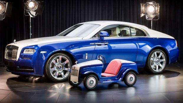 Rolls-Royce построил крошечный электрокар